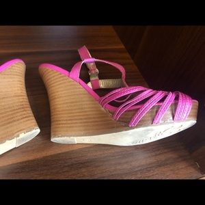 Seychelles Shoes - Seychelles Adorable Wedges!! Size 7